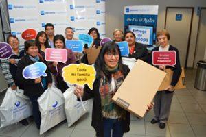 Entrega de laptops a los ganadores de Lima y Callao fue todo un éxito